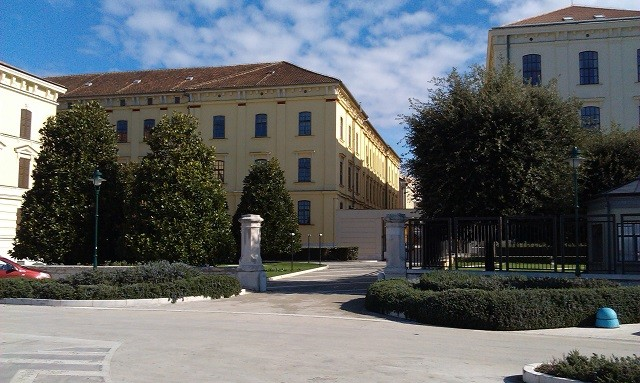 Sitz der Adris Gruppe an der Riva von Rovinj. Foto: Inistrien.hr, Autor: Lorena Žufić