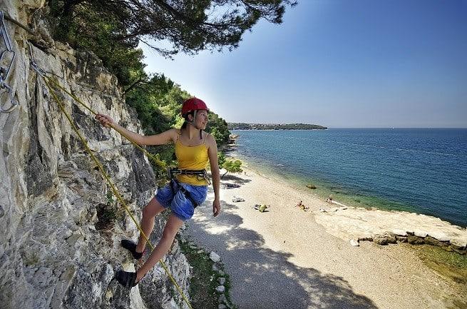 Klettern im Valamar Camp Lanterna, einem der besten Camps in Istrien. Foto: Valamar
