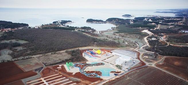 Die Lage des 100 000 m2 Grundstücks. Foto: Aquacolors