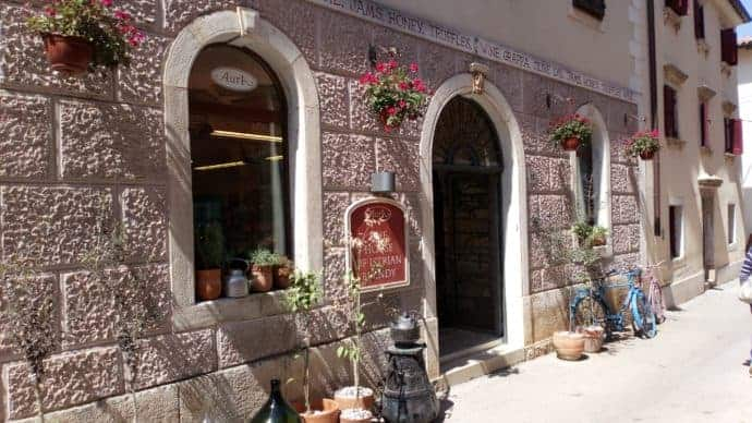 Frühling in Istrien - Aura Shop in Novigrad