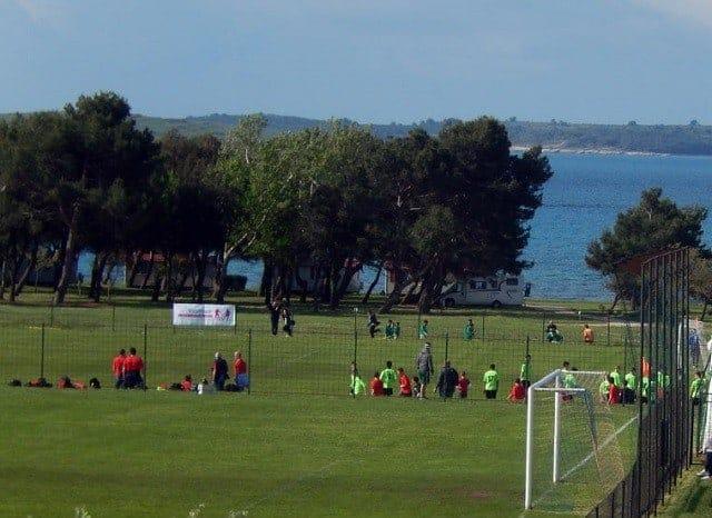 Zwei der Plätze in Medulin wo das Komm mit Turnier stattfand. Foto: InIstrien.hr, Autor: Enio Pašalić