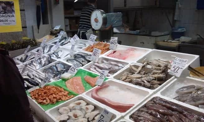 Heute gab es auf dem Fischmarkt mehr Eis als Fisch zu sehen.