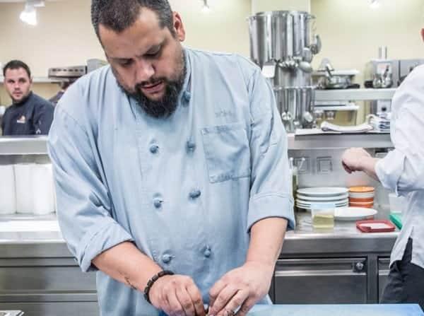 Ein konzentrierter Gretić in der Küche des Ikarus. Foto: Hangar-7.com