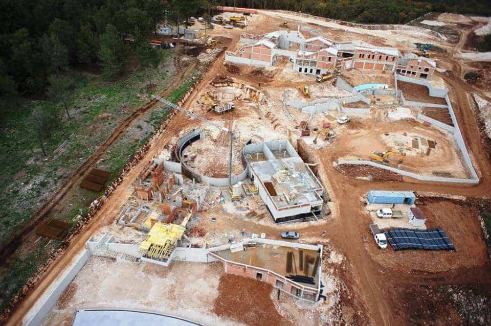 """Die Baustelle des """"Aquapark Istralandia"""""""