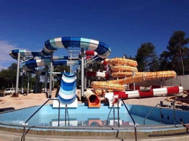 Einige Attraktionen des Wasserparks. Foto: Facebook Istralandia