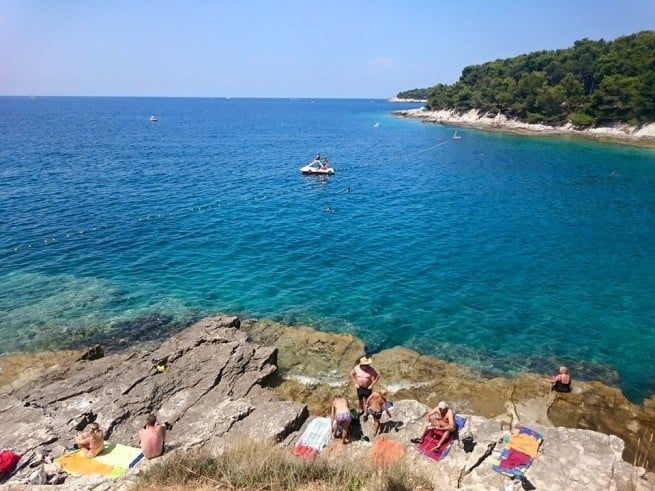 Strand am Lungomare von Pula heute. Foto: Enio Pašalić