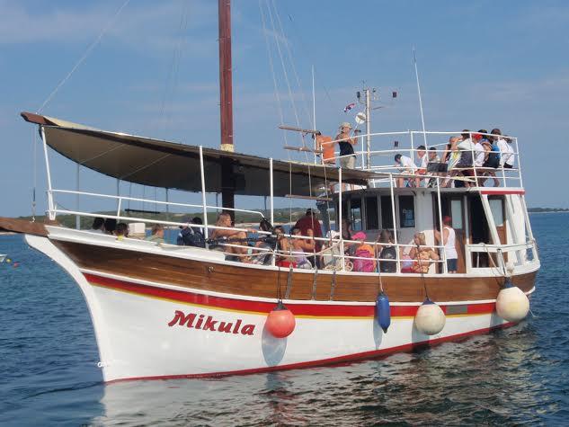 Mit der Mikula zum Kap Kamenjak aus Banjole oder Pula. Foto: Fissa-Brijuni
