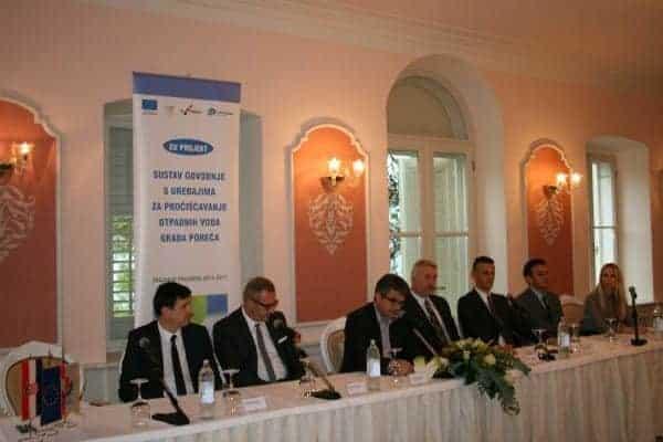 In Poreč wurden Anfang der Woche die Verträge in Beisein des Gespanen Valter Flego und des Bürgermeisters von Poreč Edi Štifanić unterzeichnet. Foto: Porec.hr